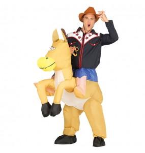 Travestimento adulto Cowboy a cavallo Gonfiabile a cavallucio per una serata in maschera