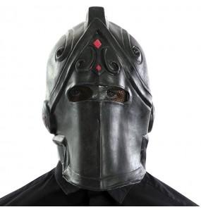 Maschera Black Knight di Fortnite per poter completare il tuo costume Halloween e Carnevale