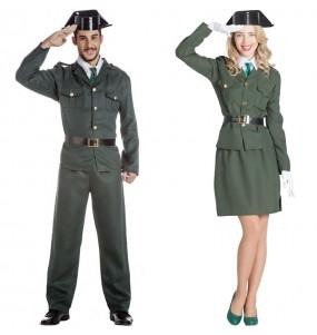 L'originale e divertente coppia di Agenti della guardia civile per travestirsi con il proprio compagno