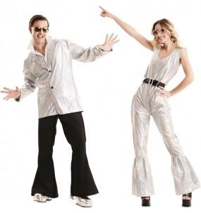 L'originale e divertente coppia di Disco dancer per travestirsi con il proprio compagno
