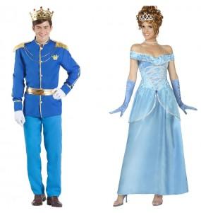 L'originale e divertente coppia di Principe azzurro e Cenerentola per travestirsi con il proprio compagno