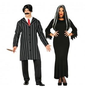 L'originale e divertente coppia di Famiglia Addams per travestirsi con il proprio compagno
