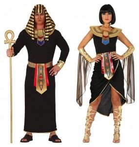 L'originale e divertente coppia di Egiziani neri per travestirsi con il proprio compagno