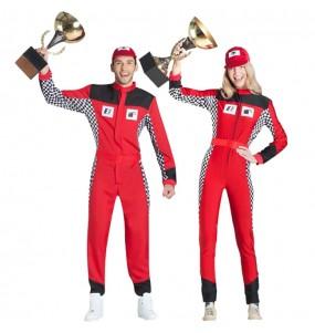 L'originale e divertente coppia di Piloti di corsa per travestirsi con il proprio compagno